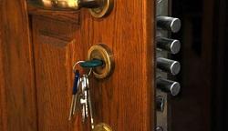 door-key-feat