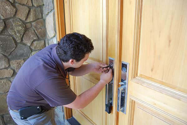 Emergency Home Lockout Assistance By Experienced Technicians